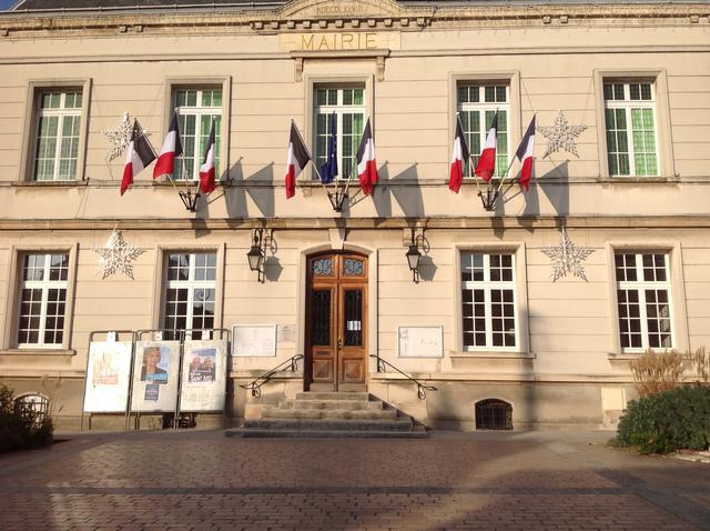 photo Hôtel de ville Bessancourt nov 2015 v1 ogalod